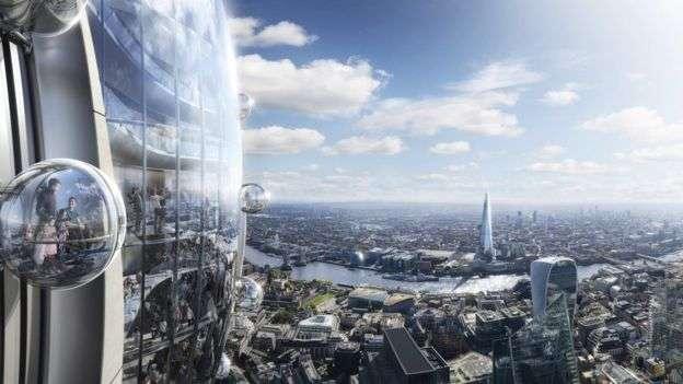 鬱金香在觀景台外側,設計有可移動式的透明貢多拉吊艙。(圖/BBC中文網)
