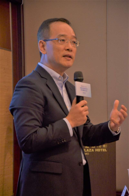 眾匯智能健康董事長王欽堂指出,醫聯網平台未來將透過互聯網、物聯網、大數據及人工(圖提供/眾匯智能健康)