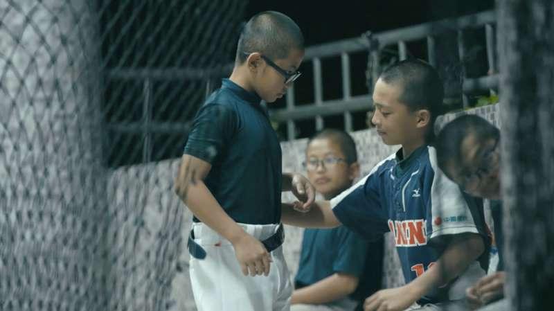 紀錄片《倆好球》敘述三星國小棒球隊的故事。(中國信託提供)