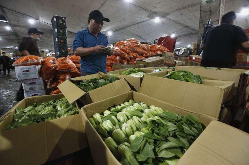 韓國瑜高喊接受九二共識,真能讓高雄市的農產品銷往中國?(郭晉瑋攝)