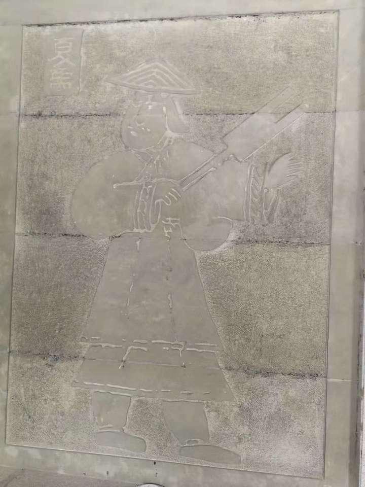 汶川縣綿虒鎮大禹祭壇內複製的大禹像(新華社)