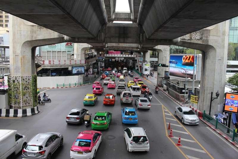 塞車是泰國曼谷的常態(取自Pixabay)