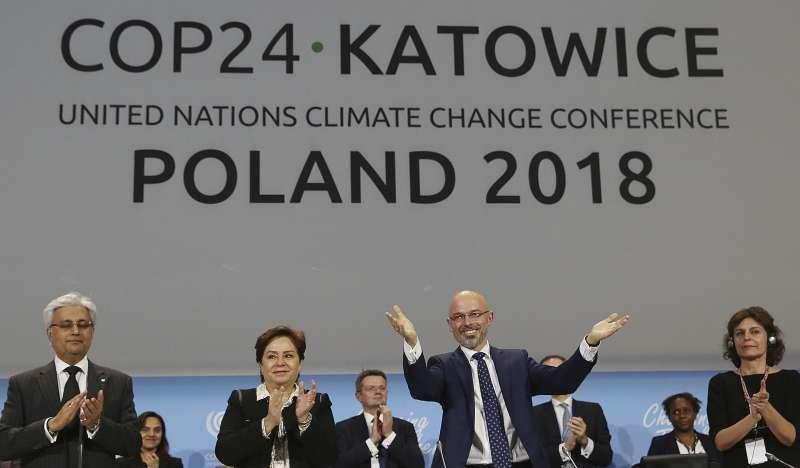 氣候變遷:波蘭舉行的COP24會議延後1天閉幕,各國終於達成共識(AP)