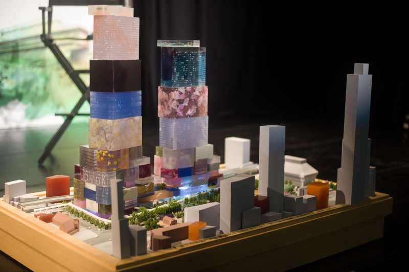 20181217-香港商南海發展 台北CITY ONE團隊新聞發布會,開發案的模型。(甘岱民攝)