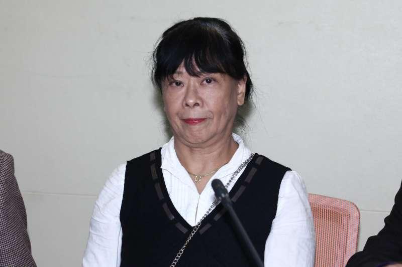 20181218-台灣教授協會等公民團體針對「台大校長遴選案」召開記者會。圖為賀德芬。(蔡親傑攝)