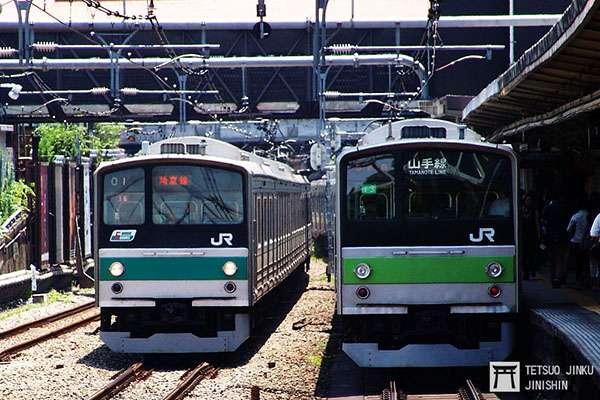 2004年退役的205系,曾是筆者小時候對於山手線的印象之ㄧ,一旁的埼京線205系,也於數年前退役。(圖/想想論壇)