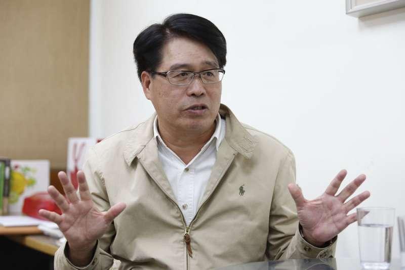 黨內有人解讀游盈隆參選的真正目的,是想把賴清德拱上2020年的總統大轎。(郭晉瑋攝)