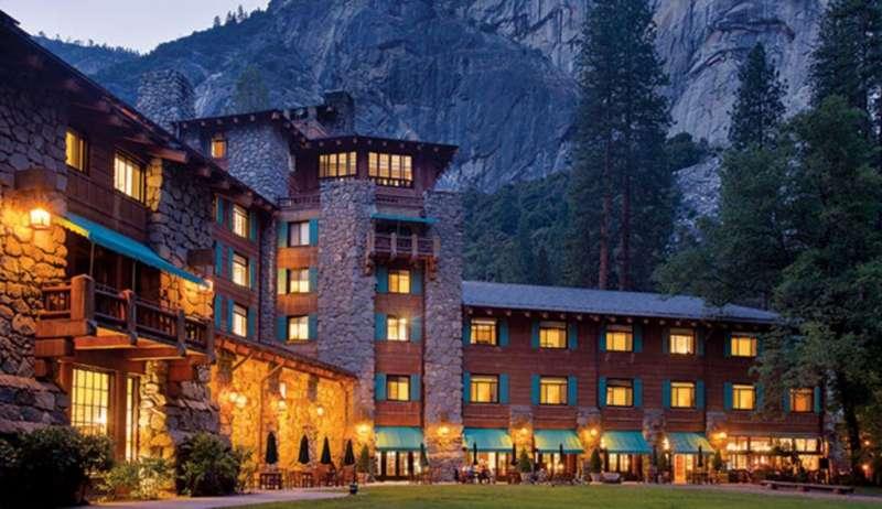 The Majestic Yosemite Hotel外觀。(圖/瘋設計)