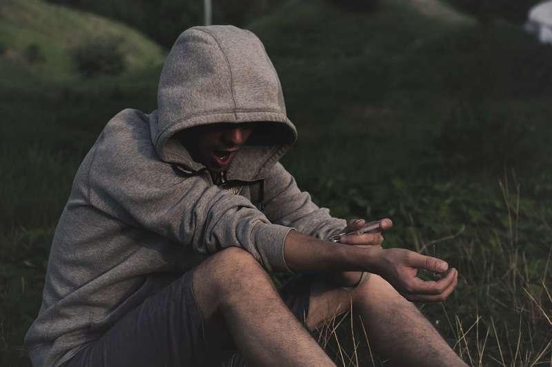 毒品 成癮 戒毒 藥癮者 藥物濫用 海洛因 美沙冬(取自rebcenter-moscow@pixabay/CC0)