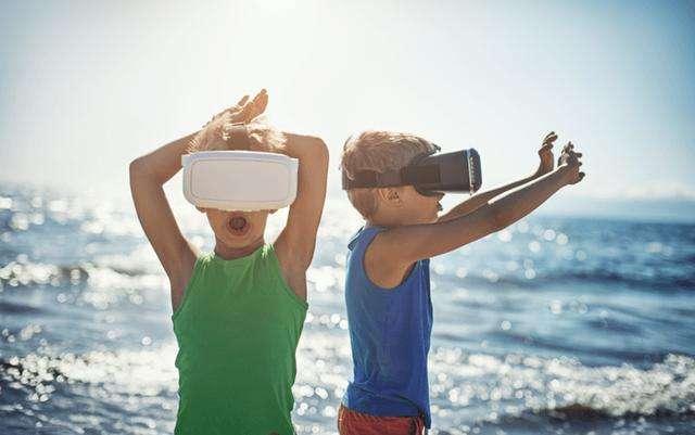 兒童被「成人意志化」,網友和父母在孩子身上灌輸著成人的想法。(圖/愛范兒ifanr)