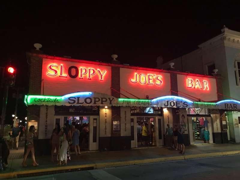 同場加映:海明威生前最喜歡去的酒吧– Sloppy Joe's Bar(圖/kkday)