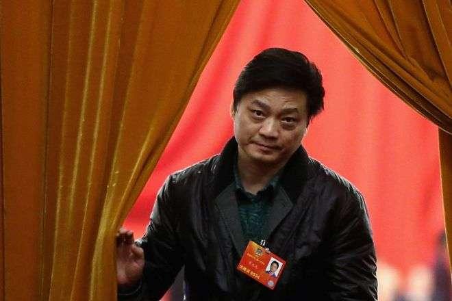 崔永元是中國央視前主持人,現任教於中國傳媒大學。(BBC中文網)