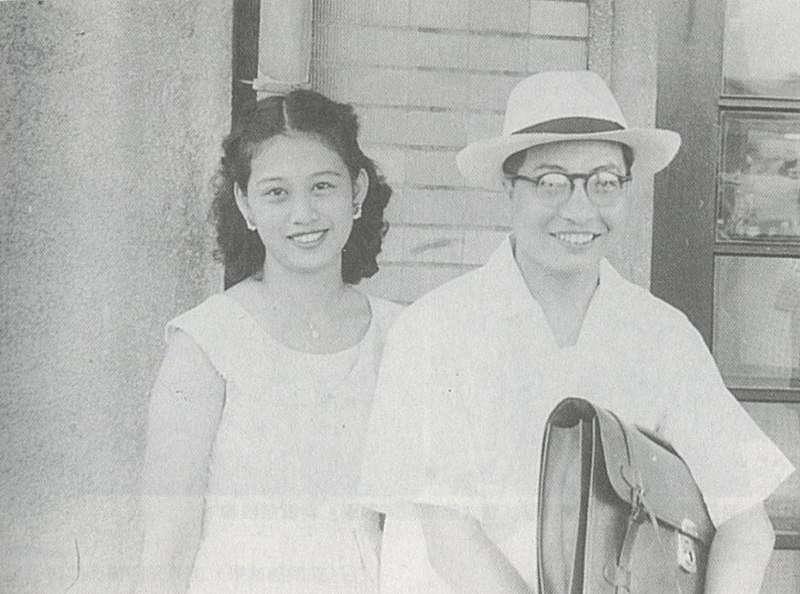 20190110-年輕時的葉英堃醫師與妻子劉心心。(圖片來源/Wikimedia Commons)