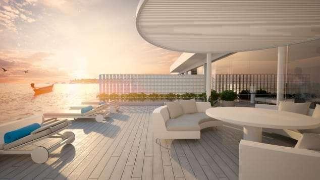 飯店的「頂樓」,位於海面上,可以搭船隻離開飯店去兜風。(圖/瘋設計)