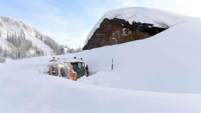 奧地利薩爾茨堡州的洛弗山區被厚厚的白雪覆蓋(美聯社)