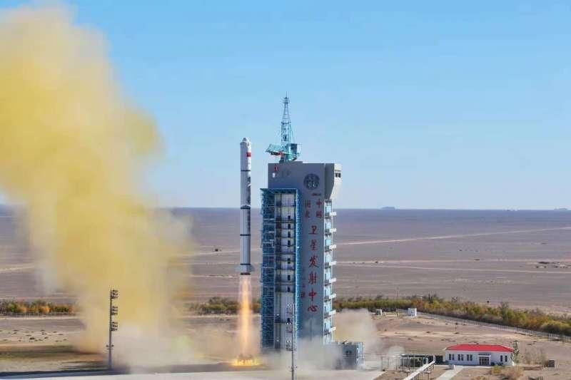 中國一步一腳印地持續推進登月的「嫦娥工程」。(翻攝自YouTube)