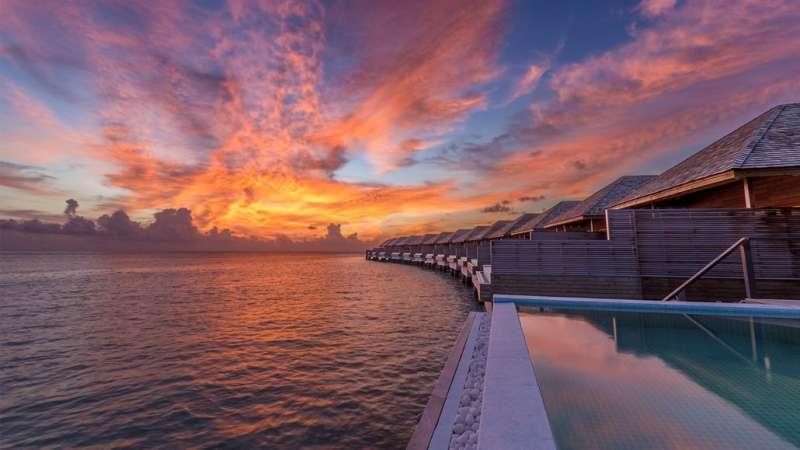 馬爾地夫的胡拉瓦爾西島度假村(Hurawalhi Island Resort)一流的美景吸引了許多遊客前往。(圖/取自Hurawalhi Island Resort官方網站)