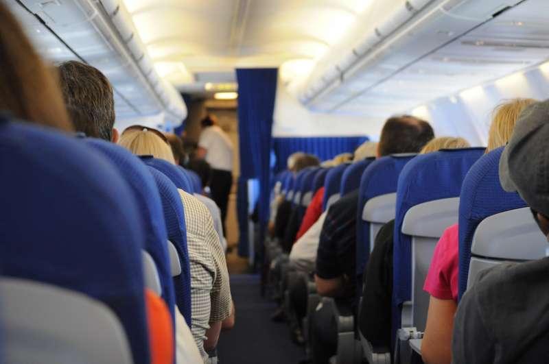 空服員指出,奧客不惜用盡千方百計,也要換到商務艙的座位。(圖/Skitterphoto@Pexels)