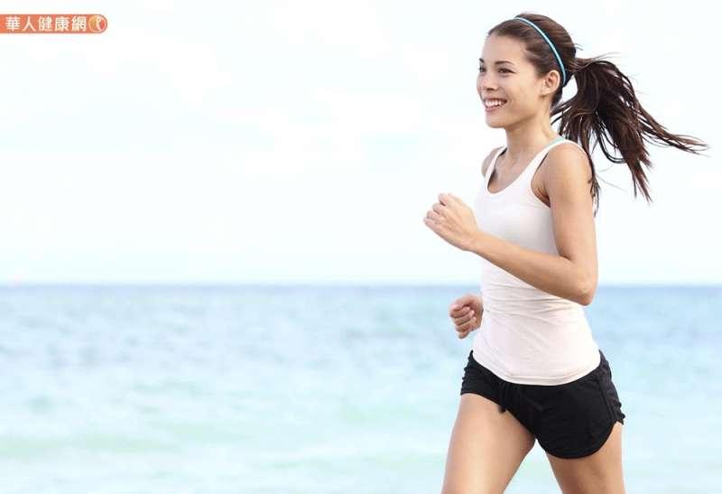 20190124-最近有研究發現,早餐前運動會比午餐後運動燃燒更多熱量。(圖/華人健康網提供)