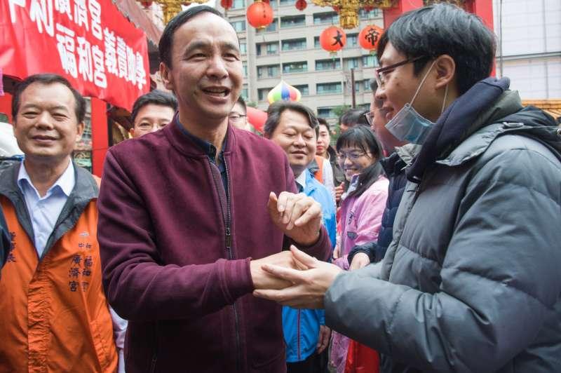 20190127-前新北市長朱立倫參拜「中和福和宮」暨發放豬年紅包袋。(甘岱民攝)