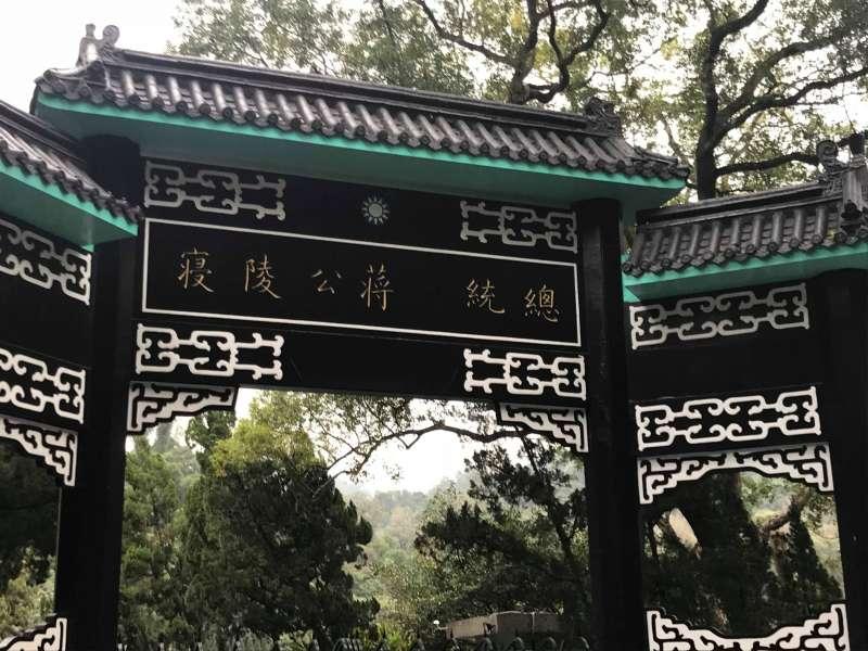 慈湖銅像(謝孟穎攝)