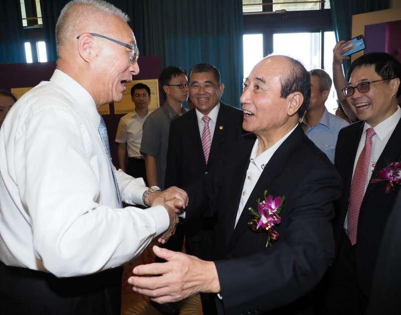 劉君祖直言,吳敦義(左)、王金平(右二)獲得提名的機會都很小。(林瑞慶攝)