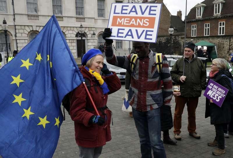 英國距離3月29日脫歐正式生效進入倒數。(美聯社)