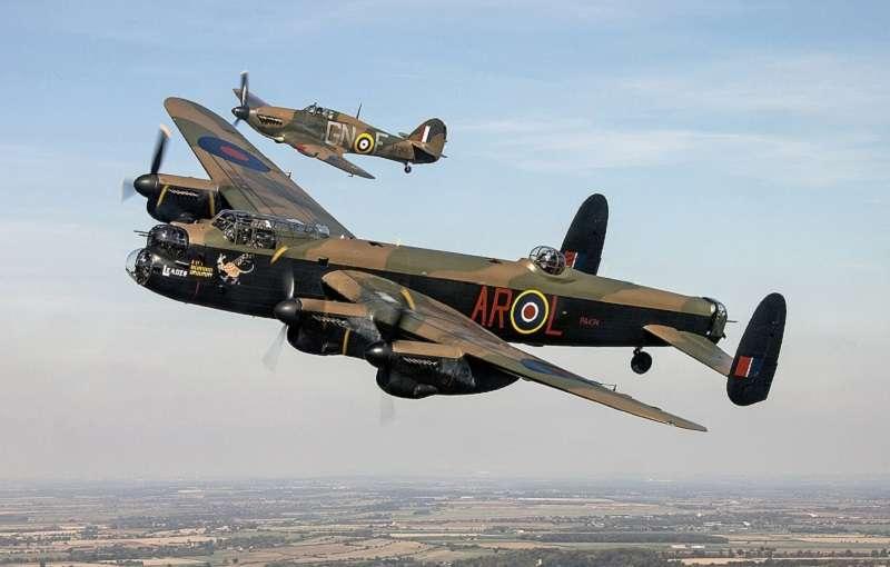 蘭卡斯特是英國的二戰名機。(英國國防部)