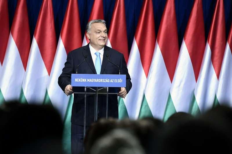 2019年2月10日,匈牙利總理奧爾班(Viktor Orbán)在首都布達佩斯發表年度國情咨文。(AP)