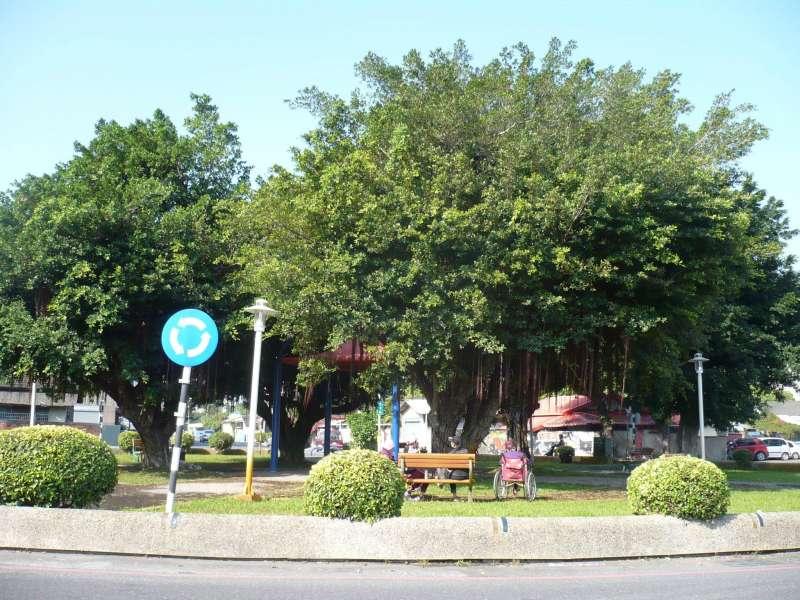 二二八事變屏東刑場二之二,毗鄰屏東縣長公館旁邊的屏東市長春公園。(黃映溓提供)