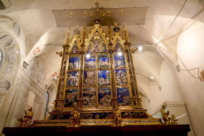 奧爾維耶拖主教座堂的稀世珍寶「聖物箱」。(曾廣儀攝)