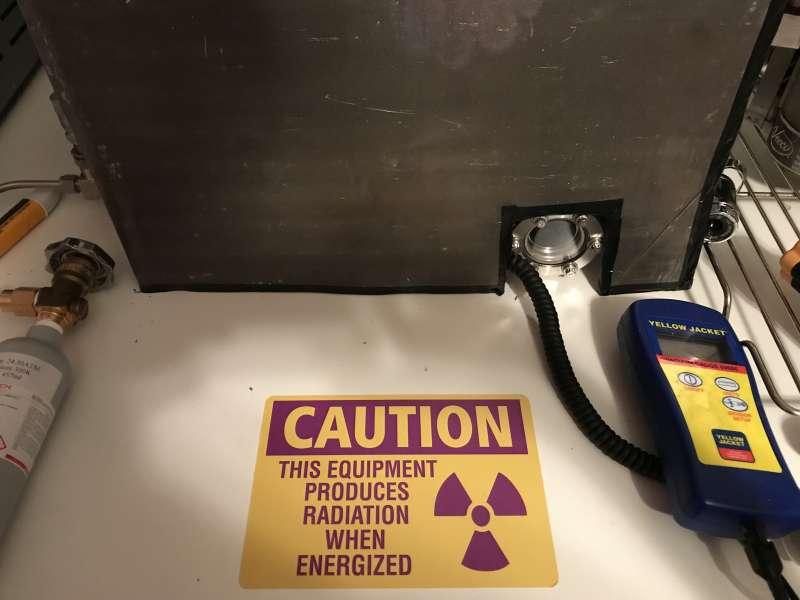 美國田納西州曼非斯市14歲男孩歐斯瓦特打造出核融合反應爐。(翻攝自fusor.net網站)