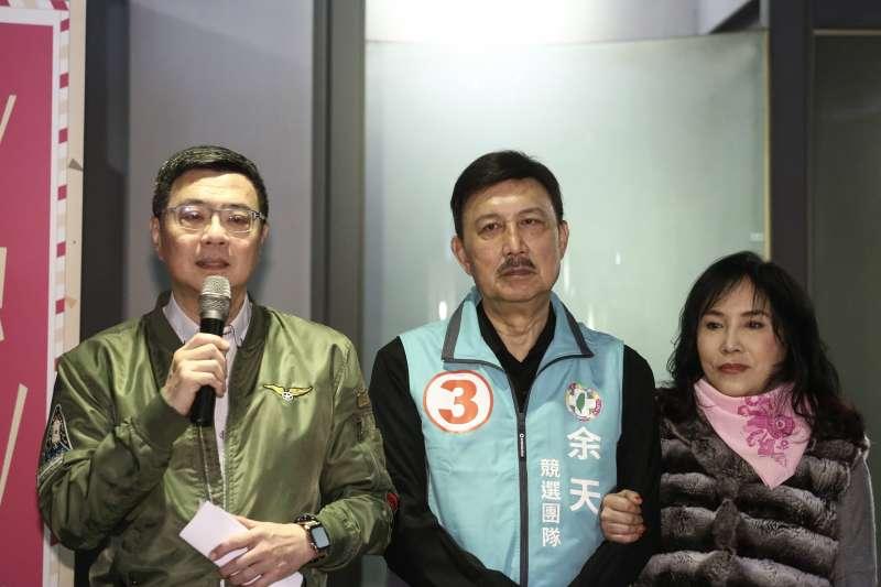 20190226-民進黨主席卓榮泰偕余天夫妻出席三重「DPP姐妹幫挺余天動員令」活動。(陳品佑攝)