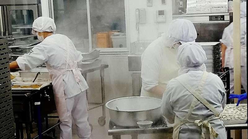 20190301-東京都船堀小學午餐廚房。(大享食育協會提供)