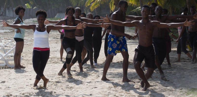 拉米謝爾2012年創立「拯救生命之舞」(截自拯救生命之舞官網)