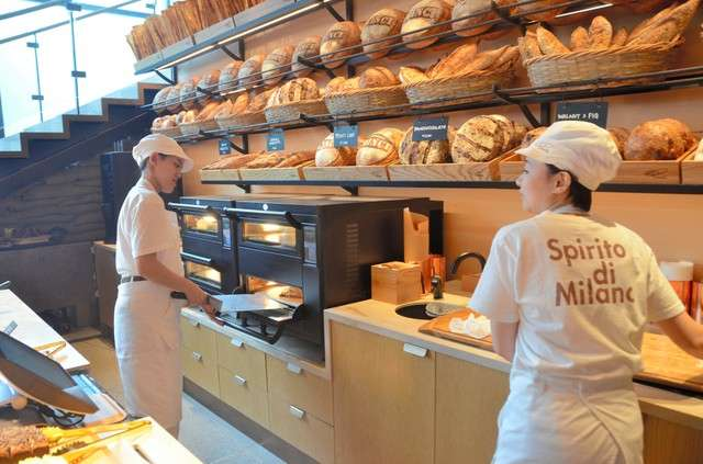 「星巴克臻選®東京烘焙工坊」店內還有日本首間的義大利麵包坊「Princi」=攝於2月27日(圖/潮日本)