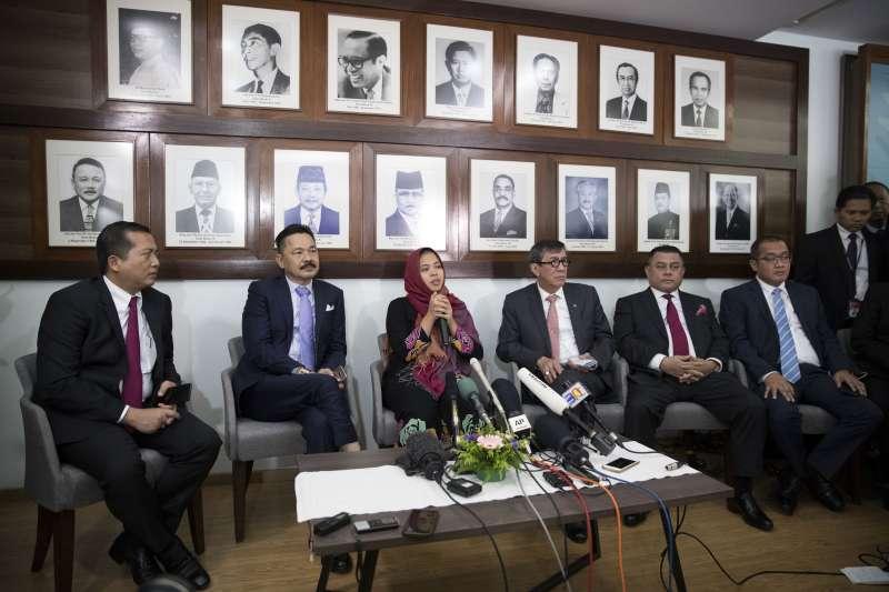 毒殺金正男的印尼女子西蒂艾沙11日獲釋,在印尼大使館召開記者會(美聯社)