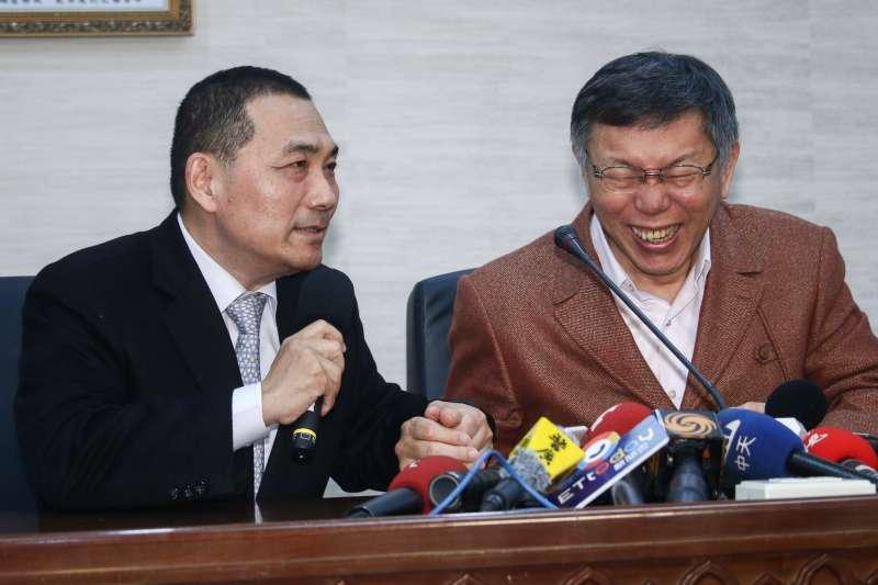 20190311-新北市長侯友宜(左)11日拜訪台北市長柯文哲(右),兩人一同接受訪問。(蔡親傑攝)
