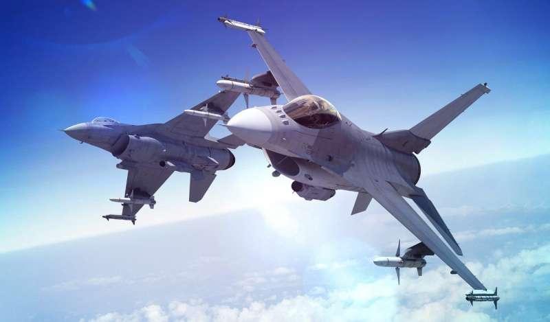 空軍規畫採購66架全新F-16V戰機,引發「綁大選」聯想與批評風波。(翻攝自Lockheed Martin官網)