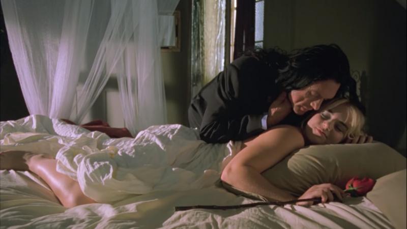 2003年上映的《房間》,被當時的影評人評為「史上最糟糕的電影」,許多人在電影播放三十分鐘後就要求退票。(圖片截自Youtube)