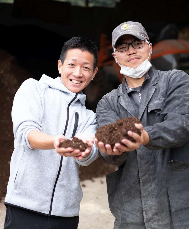 不怕凌晨就要起床的辛苦,被松田先生感動的年輕人們,努力傳承和牛養育價值。