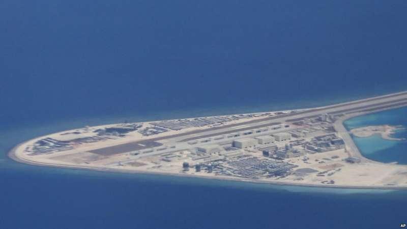 中國在南海的人造島礁渚碧礁(AP)