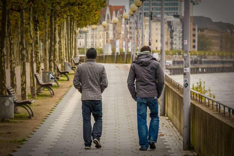 杜塞道夫萊茵河畔(取自Pixabay)