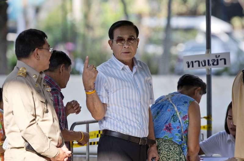2019年3月24日,泰國眾議院選舉投票登場,總理帕拉育投票(AP)