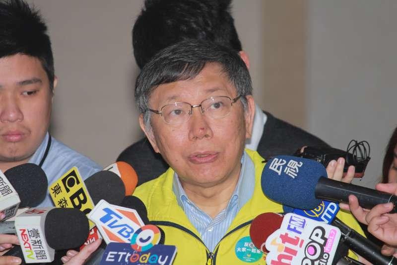 20190402-台北市長柯文哲2日上午在市府內簡短接受媒體聯訪。(方炳超攝)