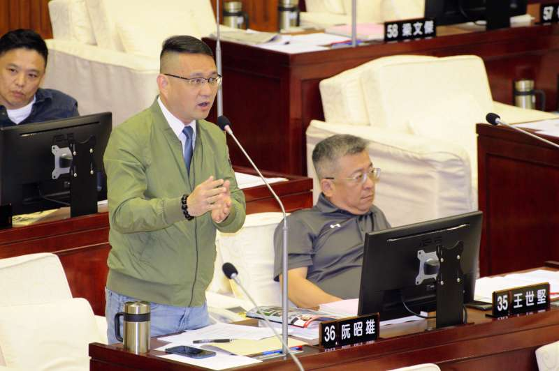 20190411-台北市議會質詢,台北市議員阮昭雄。(甘岱民攝)