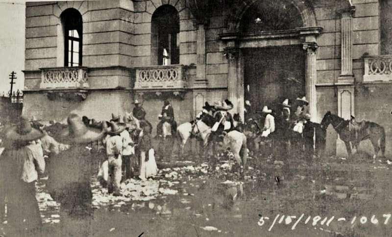 「托雷翁大屠殺」(Torreón Massacre),又稱「萊苑慘案」(維基百科)