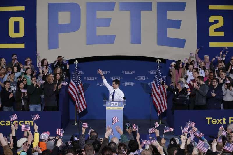 2019年4月13日,南本德同志市長布德賈吉(Pete Buttigieg)正式宣布參選2020年美國總統。(AP)