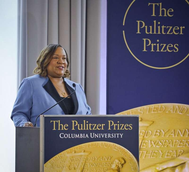2019普立茲獎,普立茲獎評審委員會執行長康尼迪(Dana Canedy)公布獎項得主。(AP)