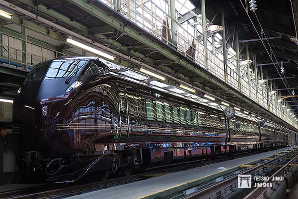 特別車已摘除的五輛編成655系,成為許多團體包租的人氣車輛,比起擔綱御召列車,出勤的次數更多。(圖/陳威臣攝,想想論壇提供)
